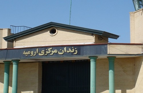 A Kurdish political prisoner  has been kept in the ordinary crime section of Urmia Prison