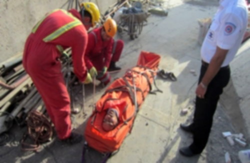Falling during work caused a serious injury to a Kurdish worker