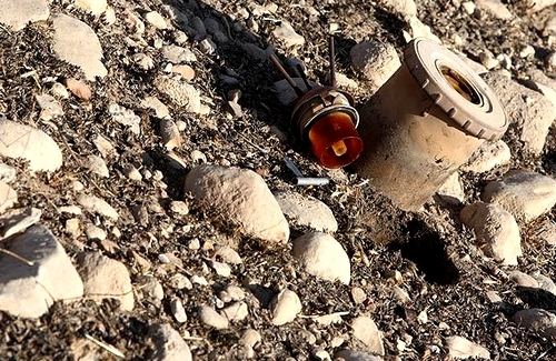 Mines in Kurdistan border areas remained intact, a demining expert says