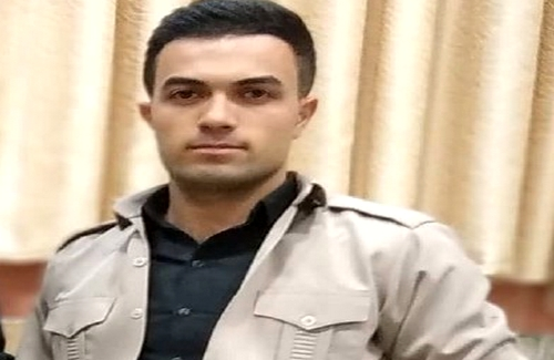 A Kurdish Kolbar died due to firing of government troops in Piranshahr