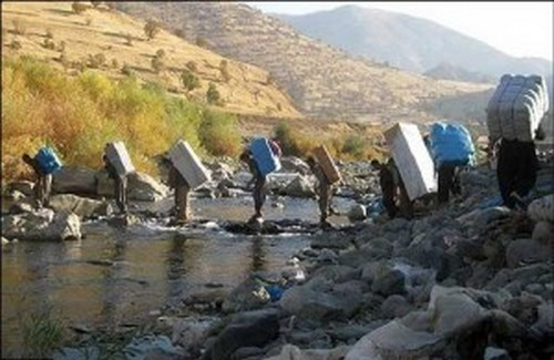 A Kurdish labor was killed due to direct shot by Iranian regime security forces